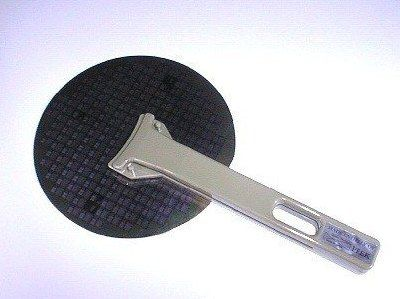 No Metal Contamination Wafer Tweezers for Semiconductor Silicon Wafer Handling: The unique design ensures to handle a delicate and fragile semiconductor wafer softly but firmly. ESD wafer tweezers available.
